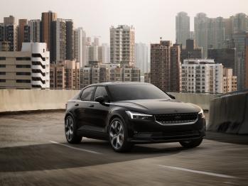 极星(Polestar)宣布首款纯电动车型极星2首发版最终零售价格