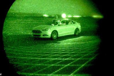 视频| 在黑夜关掉车灯,福特自动驾驶汽车出发了
