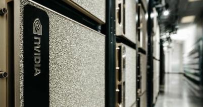 英偉達發布超級計算機DGX SuperPO
