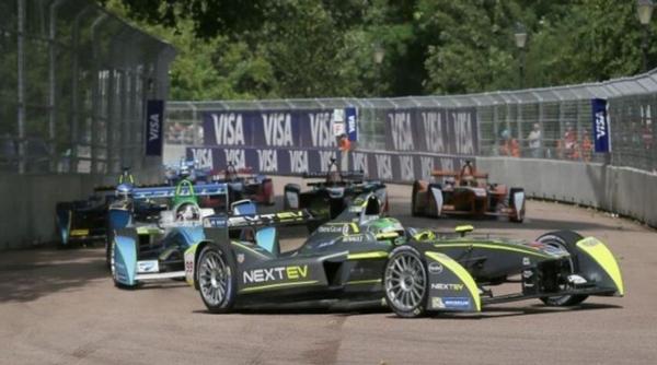 为了省电,Formula E 多采用街道赛