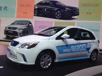 北汽新能源连发新车是为了什么?