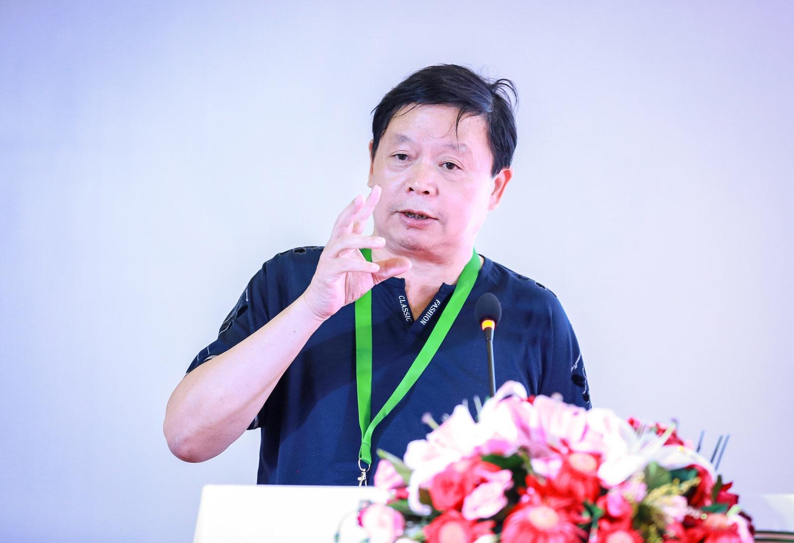 扬子江汽车集团总工程师雷洪钧