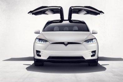 特斯拉Model X开卖,起售价8万美元