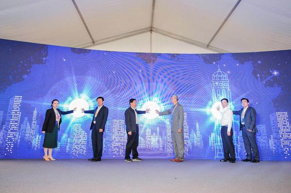 中国首次!百度Apollo自动驾驶共享汽车于重庆开放试运营