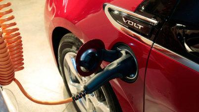 前途未卜  新能源汽车遭遇政策分歧