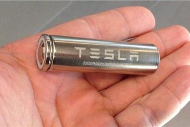 行驶里程数逾16万英里,特斯拉电池容量的衰减率仍不足10%