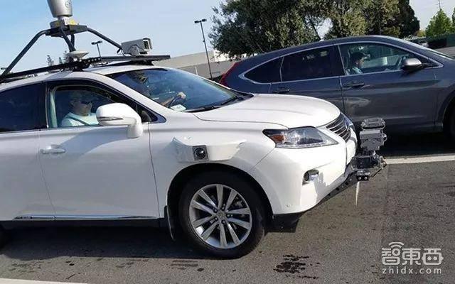 苹果自动驾驶测试车