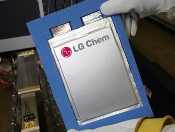 LG化学开始在南京生产电池,供应特斯拉上海厂
