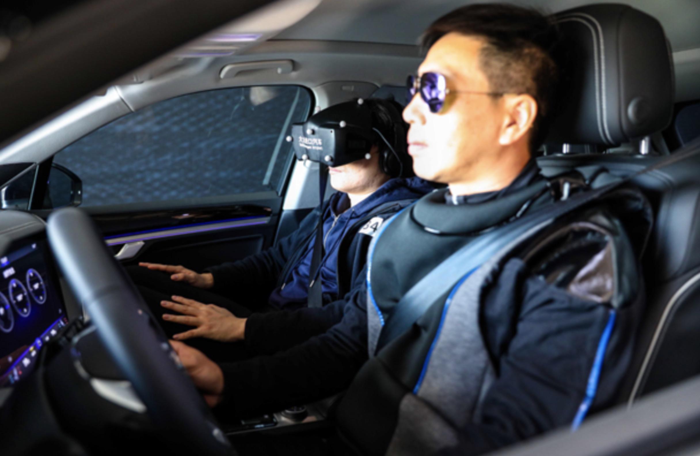 """全新途锐""""动态VR试驾"""":藏着大众怎样的新零售野心?"""
