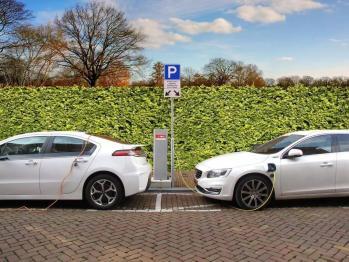 """氫燃料電池車來""""敲門"""""""