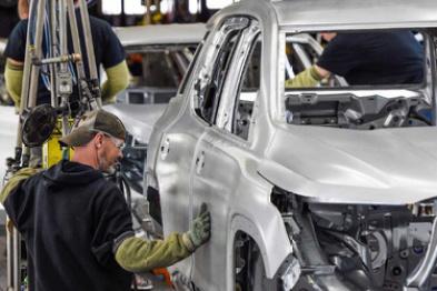 美国汽车销量下滑,通用或裁员1100人