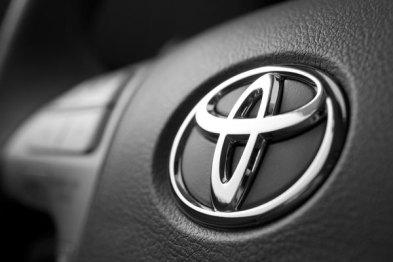 丰田考虑30亿美元完全收购大发汽车
