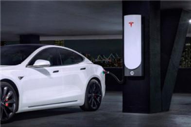"""特斯拉在纽约市推出新型""""城市超级充电站"""""""