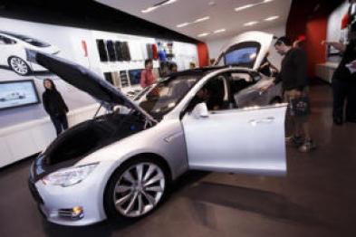 一个风险投资者眼中的Tesla,触摸屏是安全硬伤?
