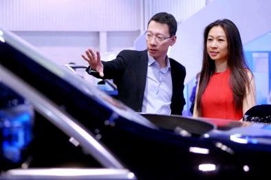 视频看CES|让汽车变成更好的出行工具,还是平庸的智能手机?