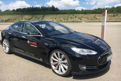 两年过去,博世改装的那辆高度自动驾驶Model S怎么样了?