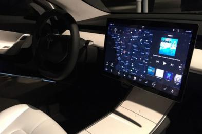 无仪表盘,特斯拉Model 3将支持抬头显示