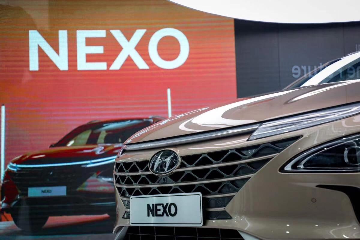 现代NEXO氢燃料电池车