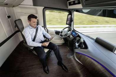 富士康计划最早于2021年在I94公路上使用自动驾驶卡车