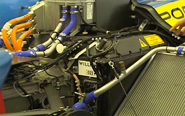 FE赛车上的威廉姆斯电池,该电池由FIA统一提供给各个车队。由于该电池为功率型电池,所以FE赛车上有一套专门的液冷系统来给电池降温。