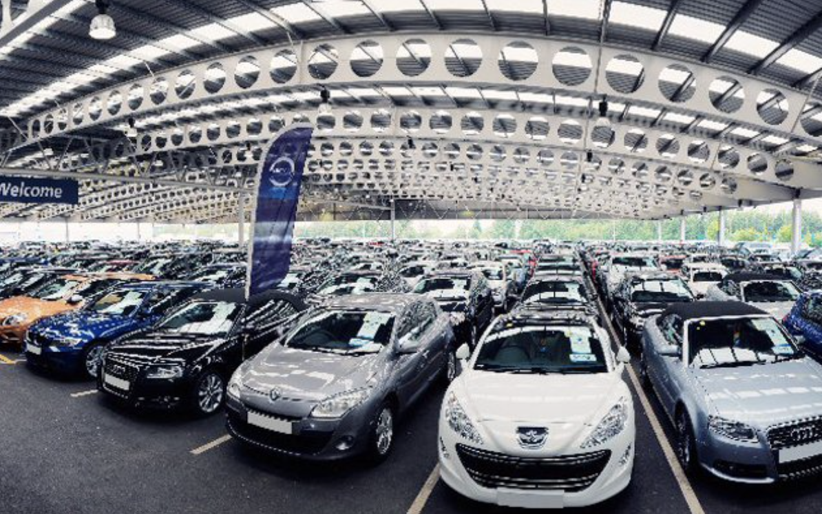 中汽协:7月车市同比降幅收窄,新能源销量比上月少一半