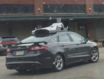 """拿无人驾驶赌未来,Uber就只剩下""""自杀""""和""""他杀""""两条路"""