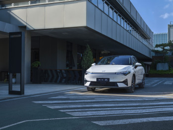 城市道路辅助驾驶状况曝光:从A到B的最短距离是小鹏NGP