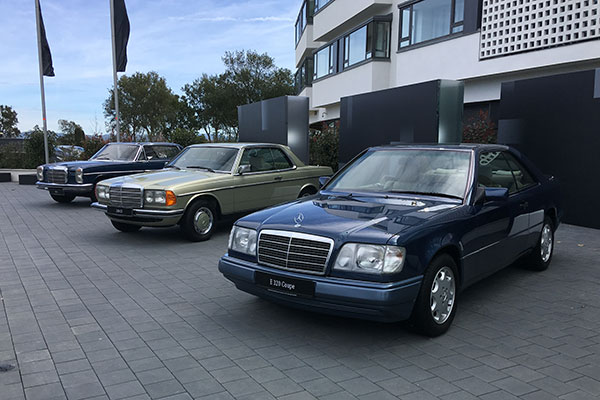 奔驰于1987年推出了基于C124底盘的第一代E coupe