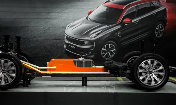 基于CMA基础模块架构的领先性,领克01 PHEV采用电池中置设计,保证碰撞中电池包的安全性和可靠性