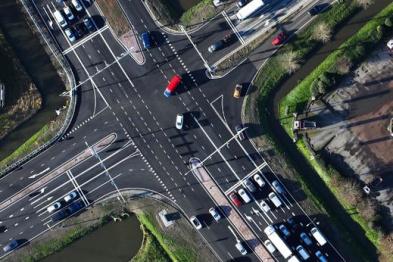 智能交通灯助力荷兰智能交通语音提示服务