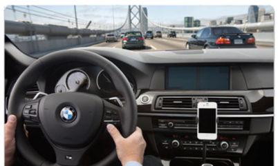 苹果Siri及三星S-Voice明年将成为宝马标配