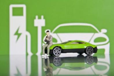 政策助力,新能源车企走出低谷?
