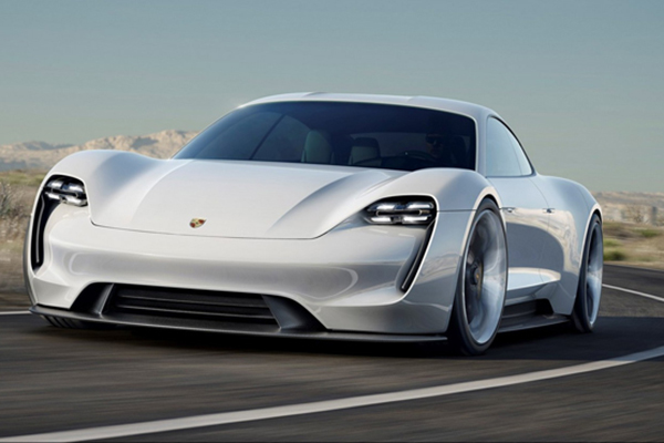 保时捷目前正在研发的四座电动跑车 Mission E,计划 2019 年量产