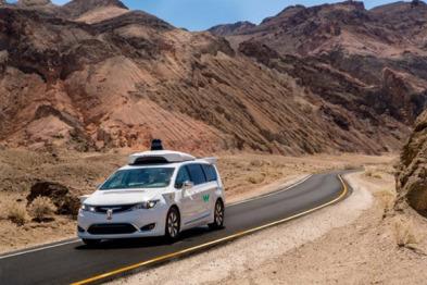 Waymo无人车正在加州死谷举行耐热测试