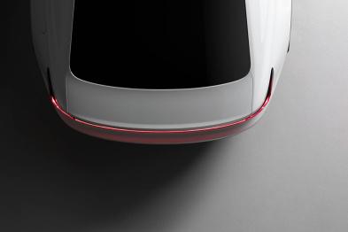对标特斯拉Model 3,Polestar 2预计日内瓦车展亮相