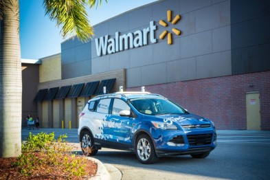 福特与沃尔玛合作开展自动驾驶汽车送货服务