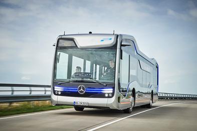 """奔驰推出了一辆名叫""""Future Bus""""的自动驾驶大巴"""