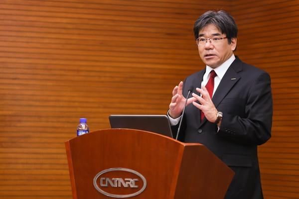 日产汽车公司执行副总裁坂本秀行