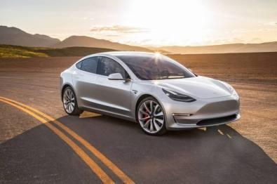 Model 3海外上线认证二手车