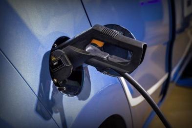 过渡期结束!新能源补贴政策正式实施,倒逼产业全面升级