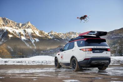 路虎日内瓦展示搭载无人机的新发现救援车