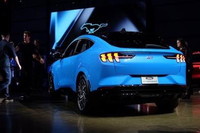了不起的车 | Mustang Mach E:一台特别能跑的纯电SUV