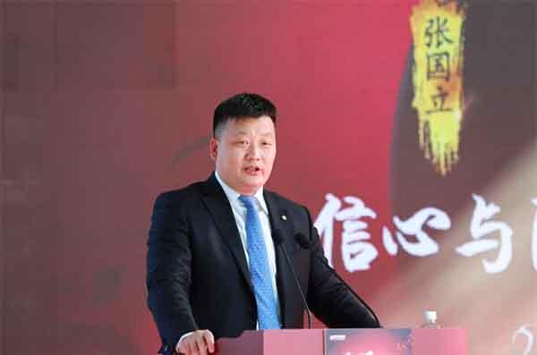 图:北京汽车股份有限公司副总裁、北京汽车销售有限公司执行董事、总经理蔡建军致辞