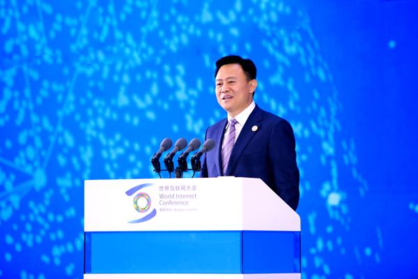 """徐留平发表""""中国汽车产业的4.0时代:谁主沉浮""""主题演讲"""