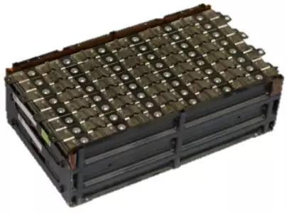 围绕电池包综合热管理进行了全方位的立体设计