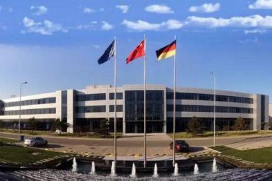 北汽/戴姆勒将斥资40亿扩建北京发动机工厂