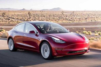 Model 3车主采访:被产品力和3秒4的加速所征服
