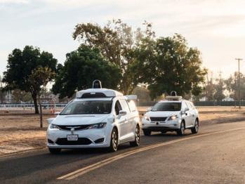 出于安全考虑,谷歌已放弃渐进式自动驾驶路线