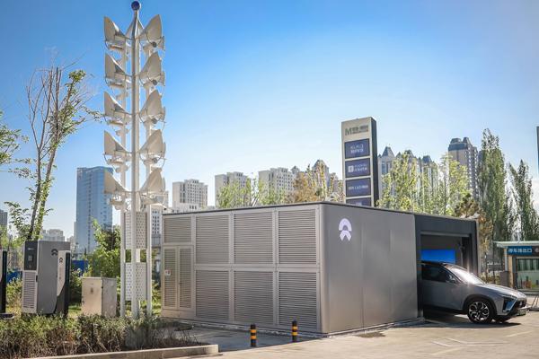 中国最西换电站诞生,蔚来服务先行挺近大西北