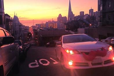 Lyft董事长否认出售公司,称Uber「造谣」
